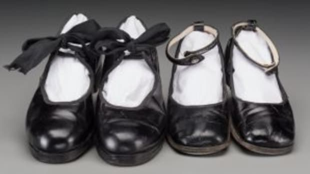 Shirley Temple Black tap shoes