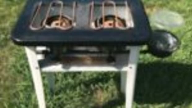 Vintage Kenmore camp stove