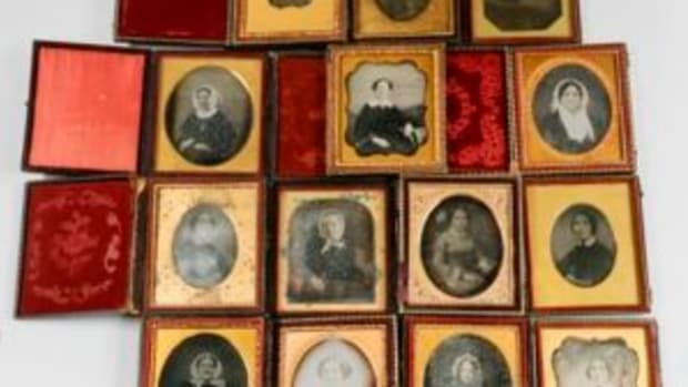 Daguerreotypes of women