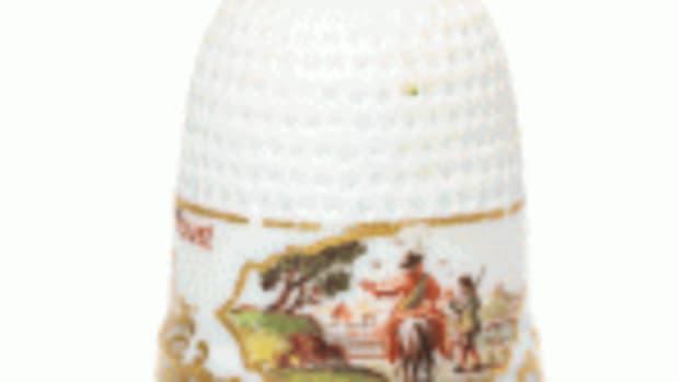Meissen porcelain thimble 1745