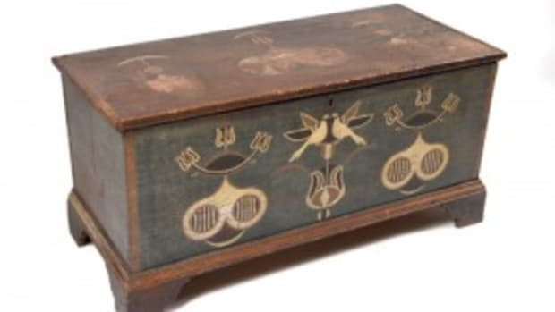 Spitler-decorated chest