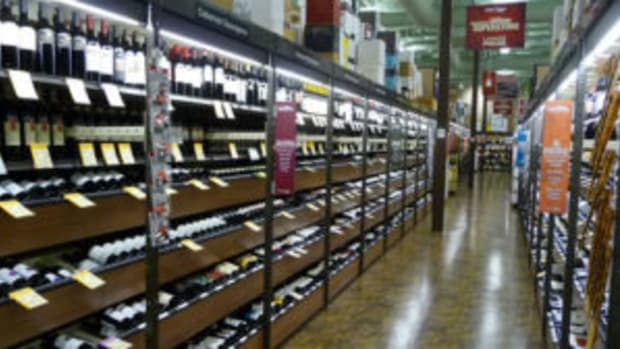 Total Wine aisle photo