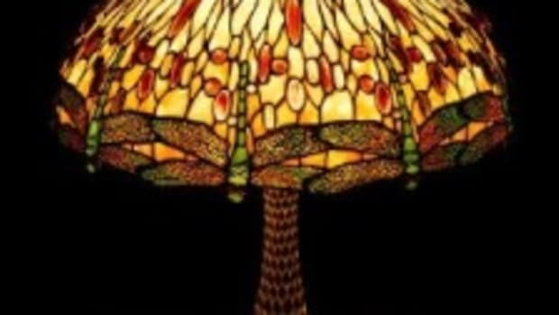 Tiffany dragonfly lamp.