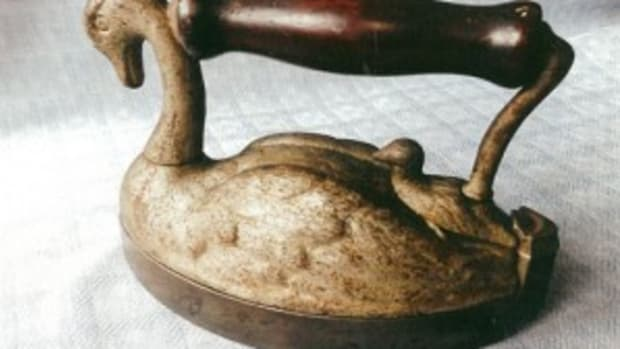 Swan iron