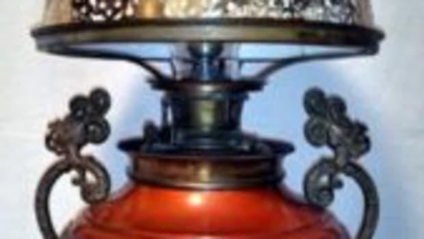 Bradley & Hubbard lamp