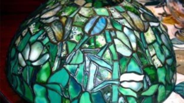 Tiffany Studios leaded glass lamp shade.