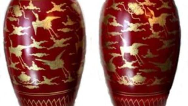 Kinrande style Saiko Kutani ware vases