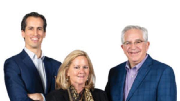 From left to right: Hindman LLC CEO Thomas Galbraith, Leslie Hindman, and Wes Cowan. Photo courtesy Hindman LLC