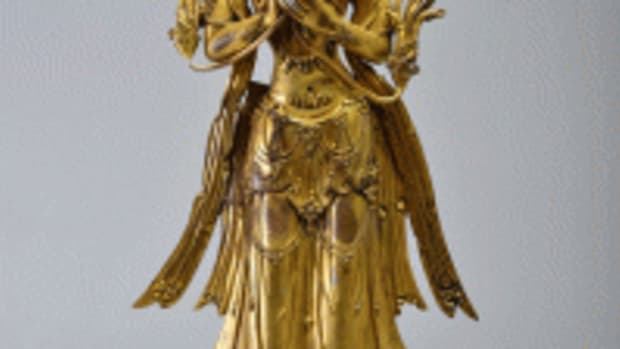 Gilt-bronze figure Avalokitesvara