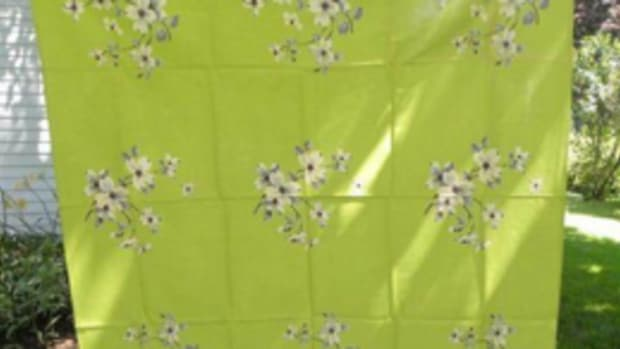 Dogwood tablecloth