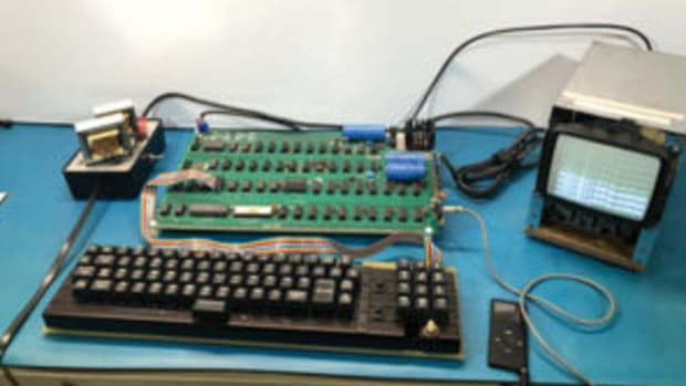 A working Apple-1 computer offered in a Sept. 25 auction. A preliminary, close-up video of the Apple-1 can be viewed at https://bit.ly/2obVJfr. Photos courtesy RR Auction