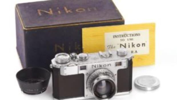 Nikon I camera