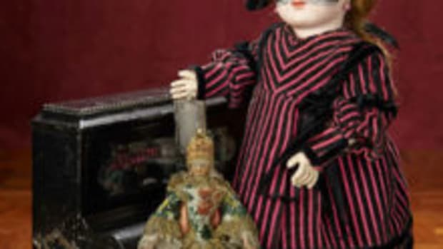 Theriault's doll auction