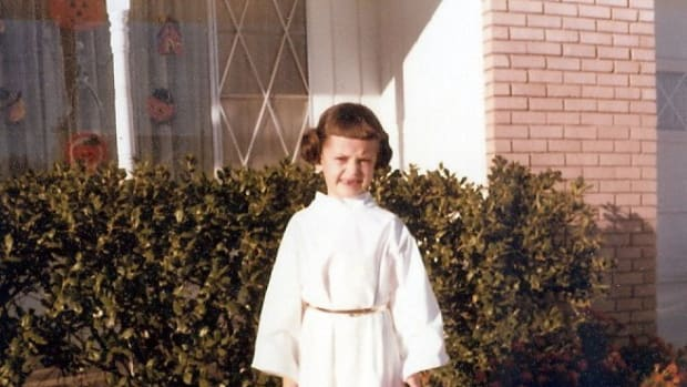 Amy Sturgis as Princess Leia for Halloween.