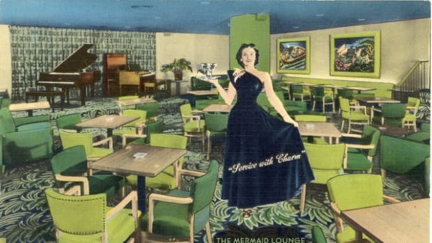 """Service with Charm"" in The Mermaid Lounge, Cincinnati, as captured in postcard splendor."
