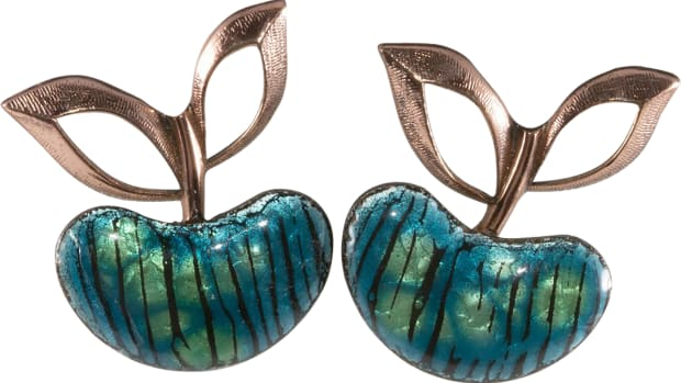 Renoir Matisse apple earrings
