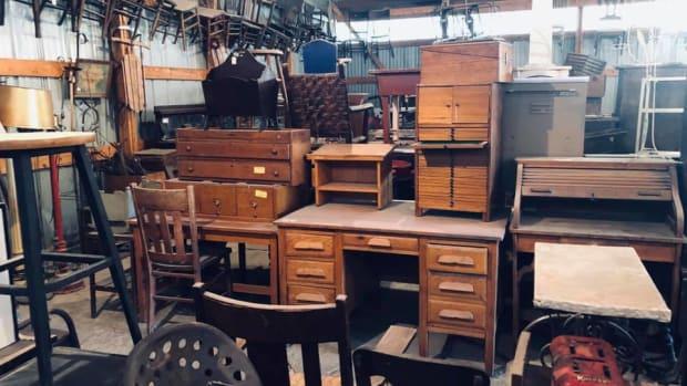 Kristi's Antiques