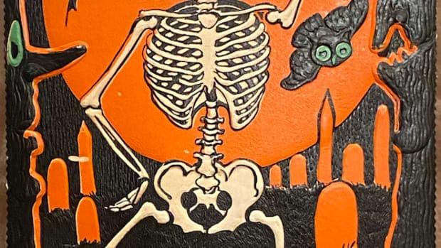 Beistle Skeleton in Graveyard Diecut