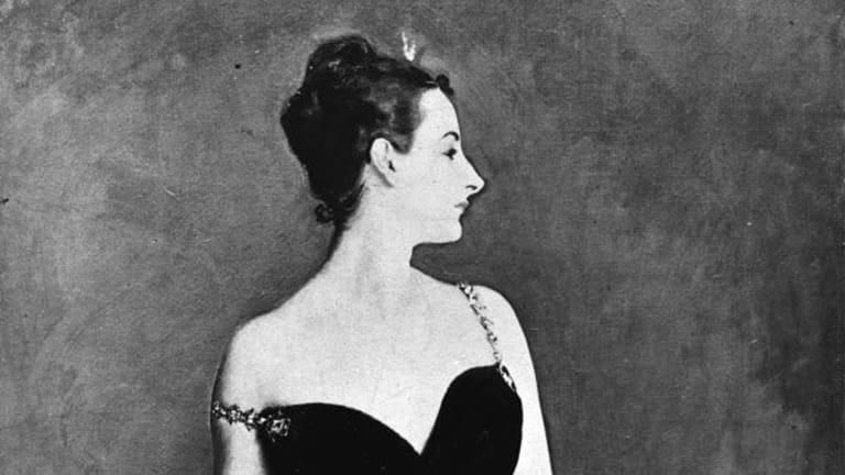 How a Little Black Dress Scandalized Paris in 1884