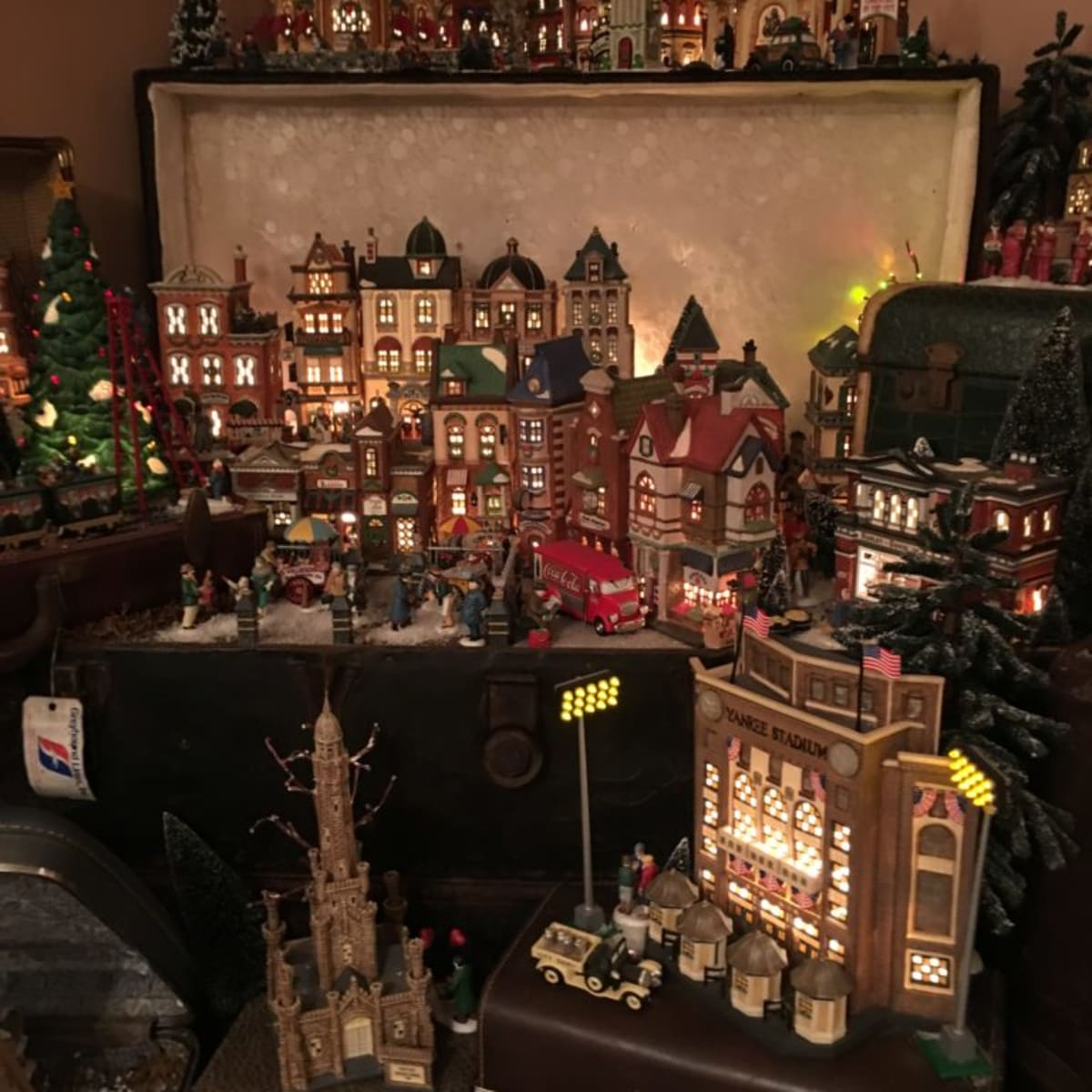 Miniature Christmas Villages A Big Thing Antique Trader