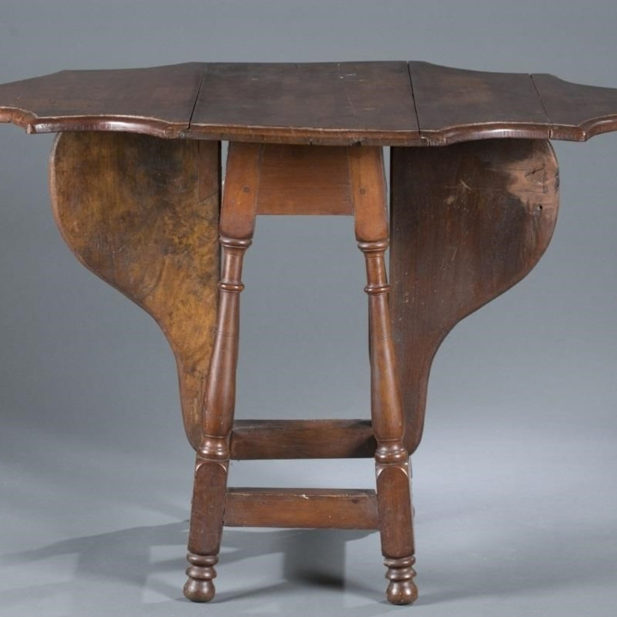 All About Antique Expanding Tables Antique Trader