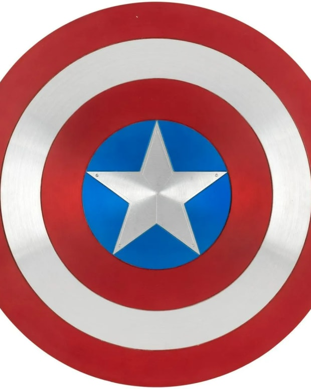 """Captain America """"hero-prop"""" shield created by Marvel Studios senior prop master Russell Bobbitt and used by Chris Evans for close-up shots in the 2019 film, """"Avengers: Endgame,"""" is one of the most important Marvel film props ever to come to auction. Estimate is $30,000-$50,000."""