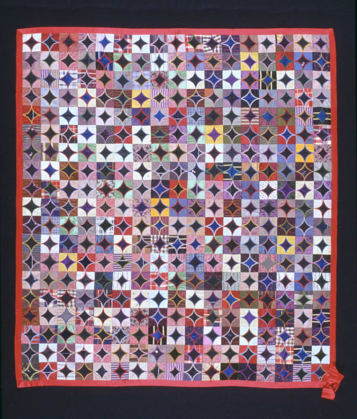 Display the quilt