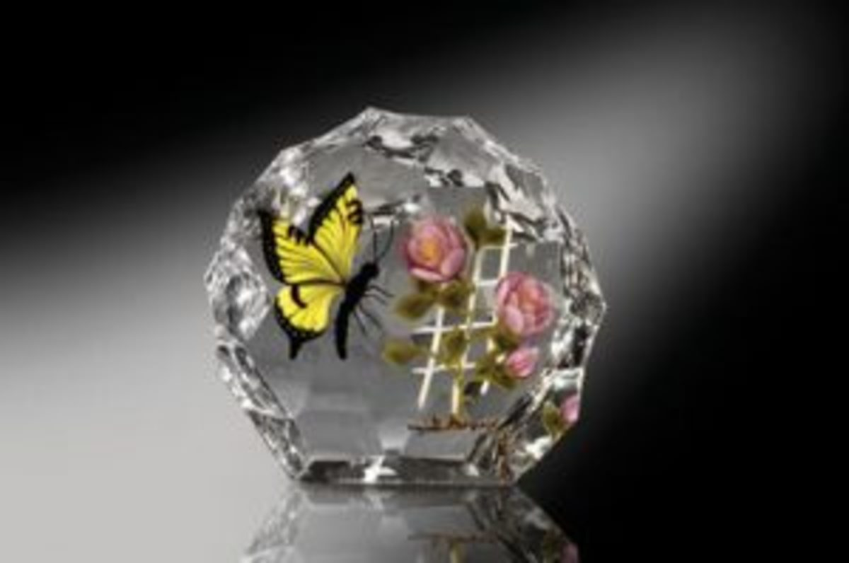 Trabucco paperweight with butterfly