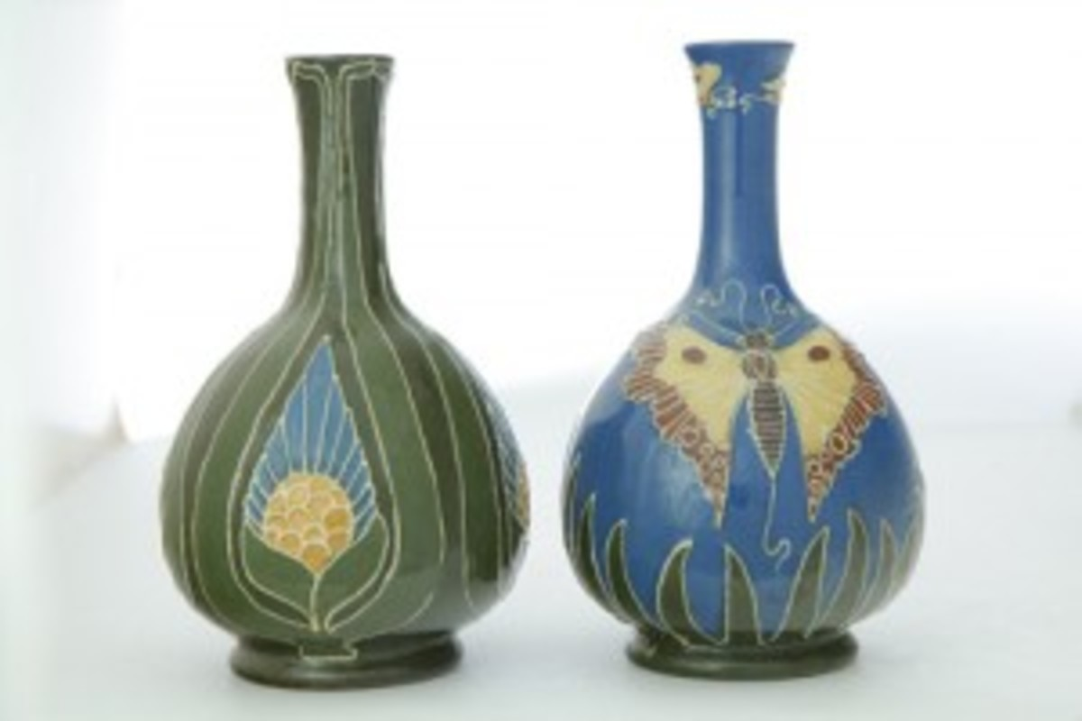 Two Ohio Art Pottery vases commanded $2,760 at auction.