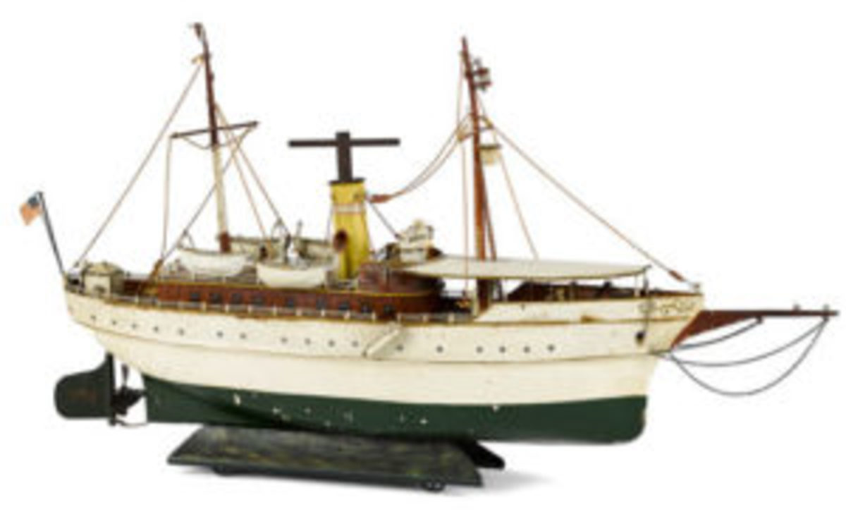 Marklin clockwork riverboat
