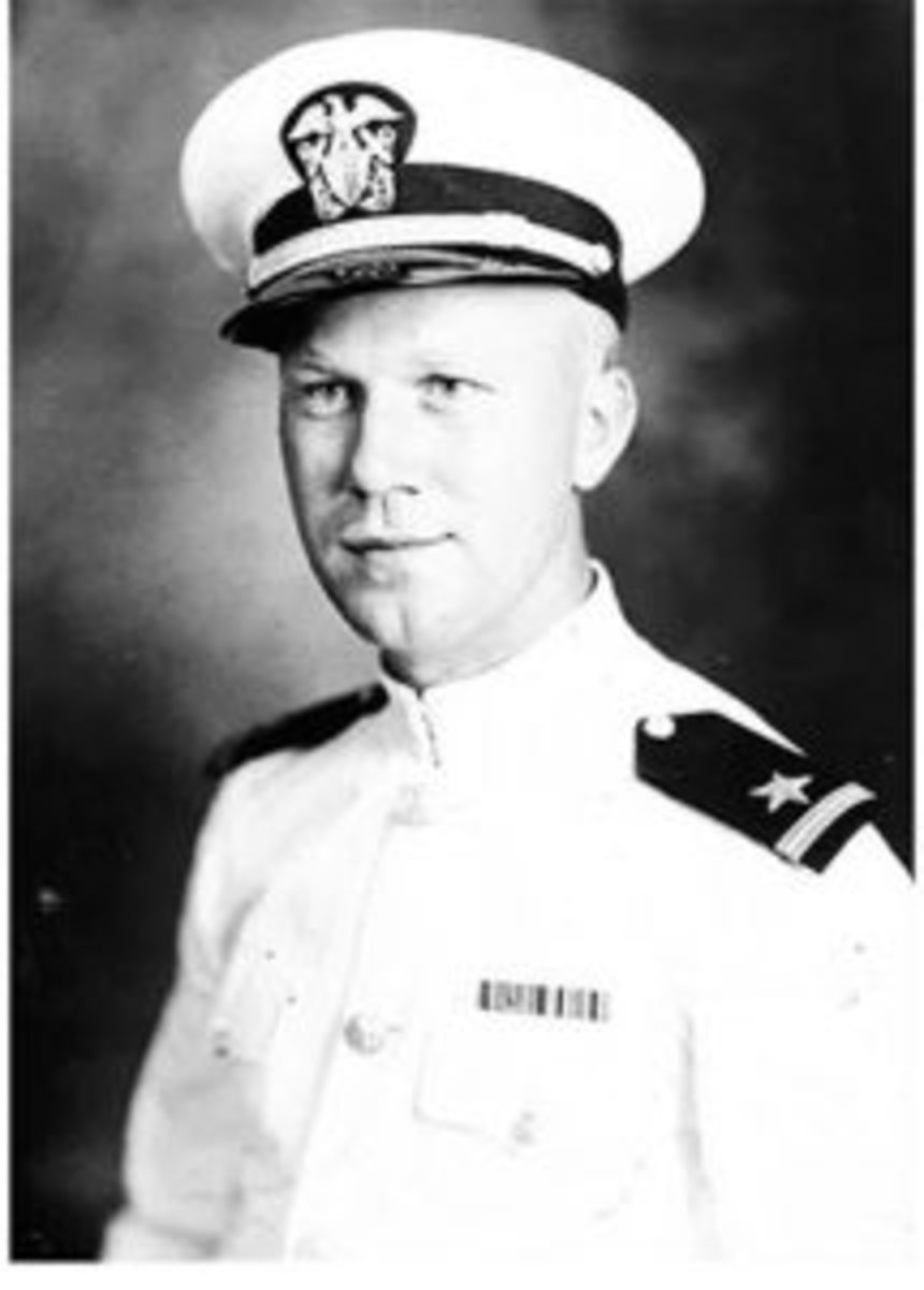 U.S. Navy Lieutenant Howard Vander Beek, skipper of the LLC 60.Courtesy of Heritage Auctions