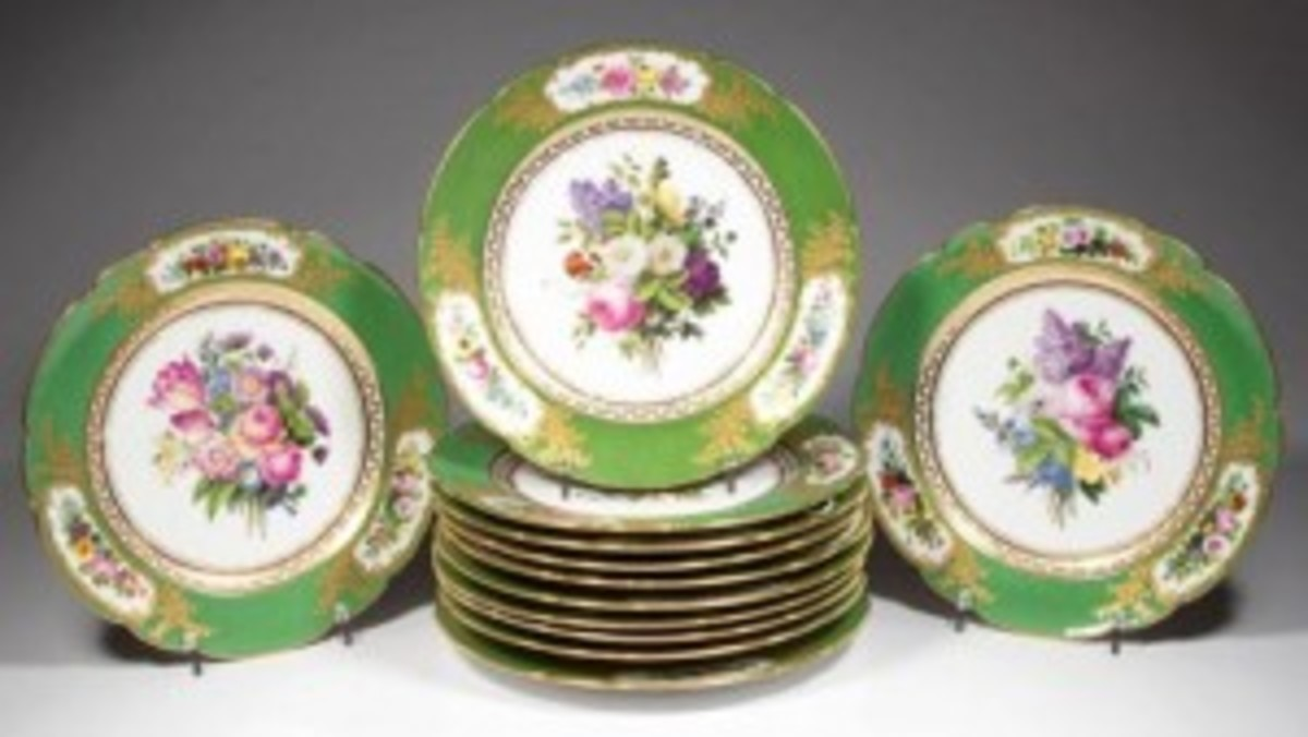 French Vieu Paris Feuillet plates