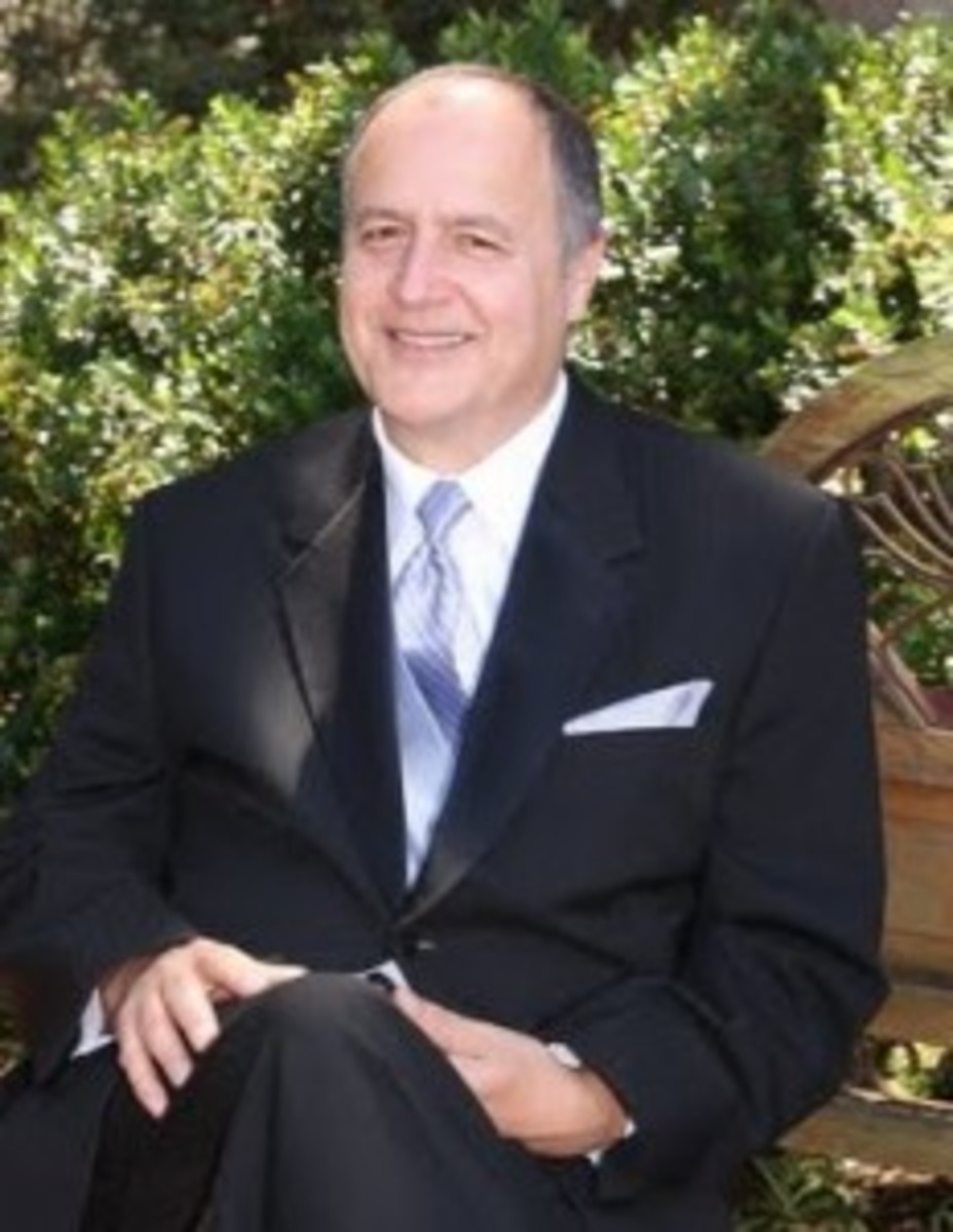 "Martin Codina, author of ""Liquidating an Estate"" and owner of Fine Estate Sales and Estate Liquidation."