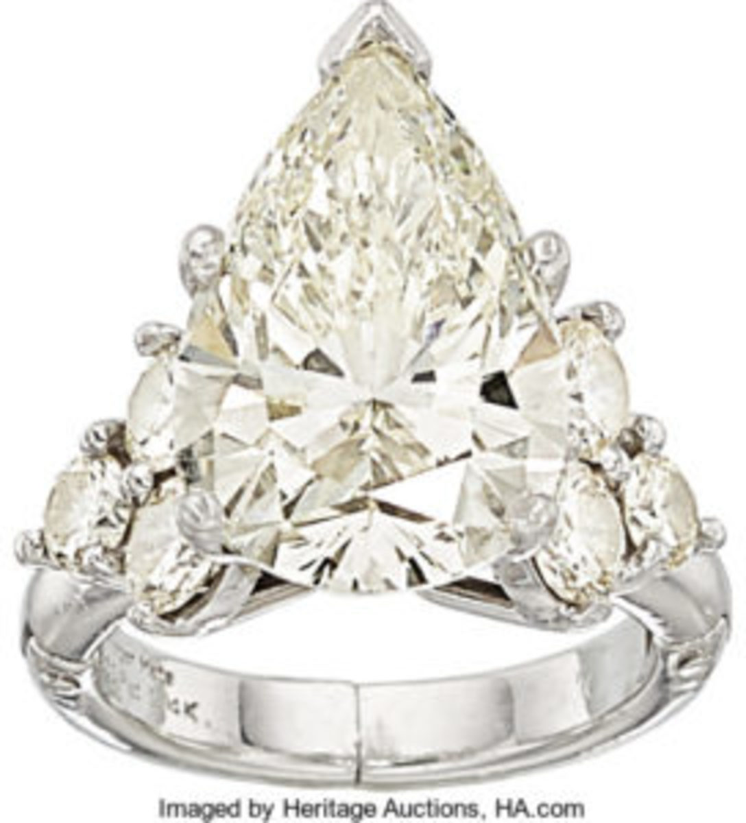 Pear-shaped diamond and platinum ring