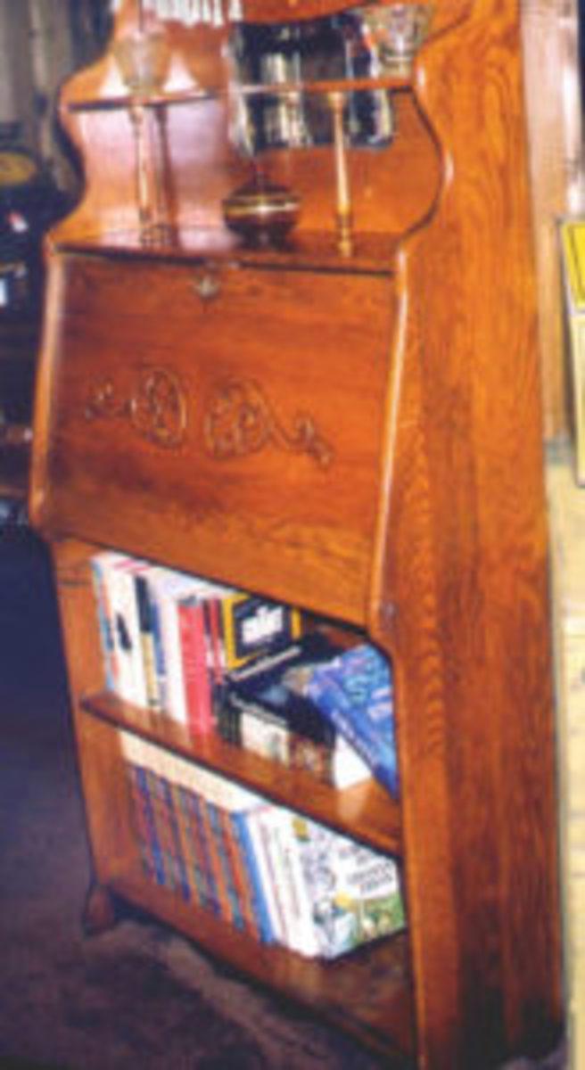 Larkin desk