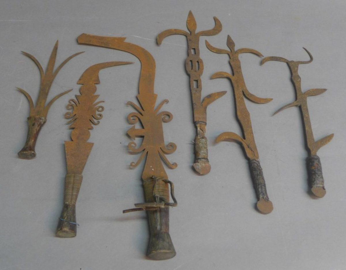 African parade knives