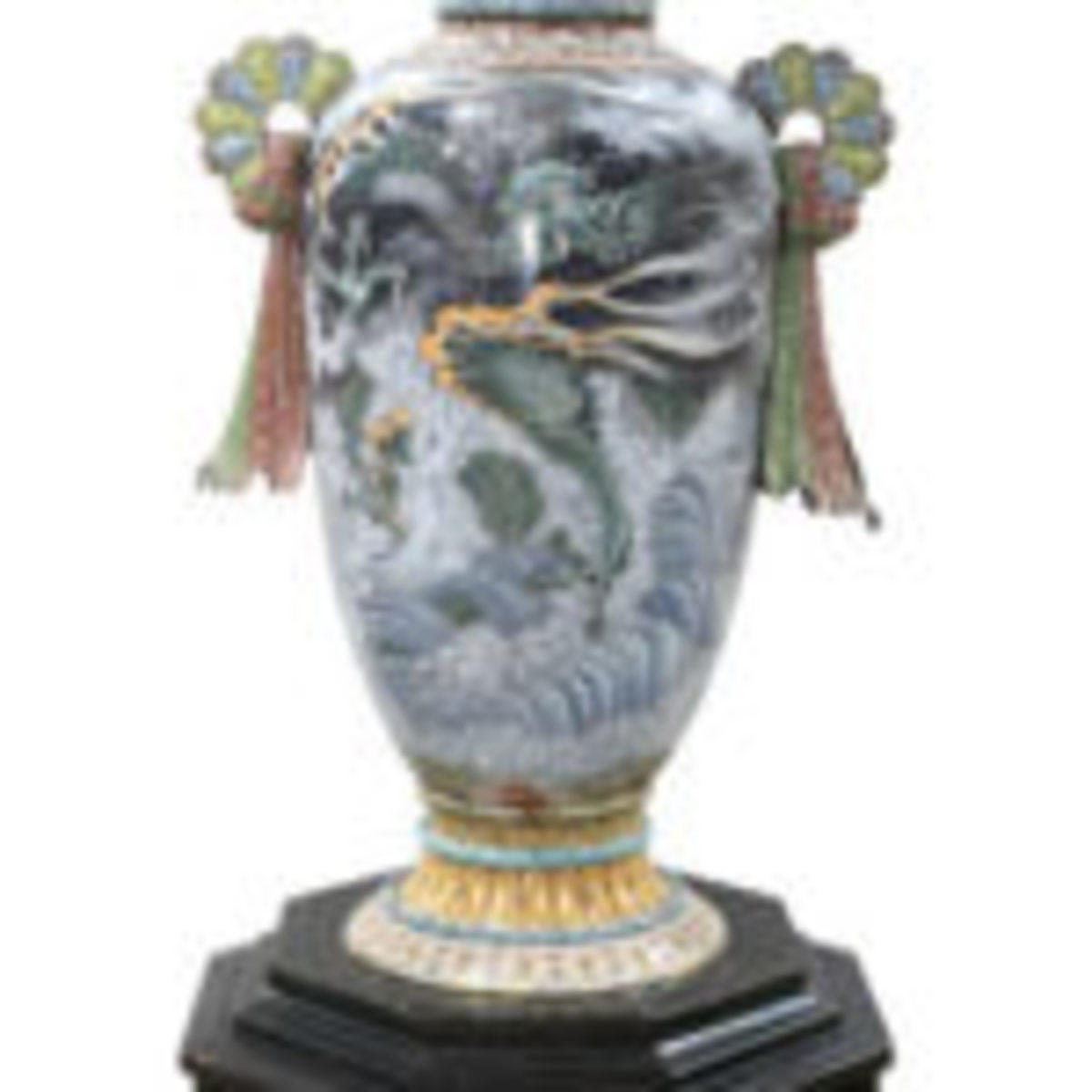 This historic Japanese cloisonné vase exhibited at the 1893 Chicago World's Fair more than doubled its high estimate selling to a private buyer in New York for $135,000.