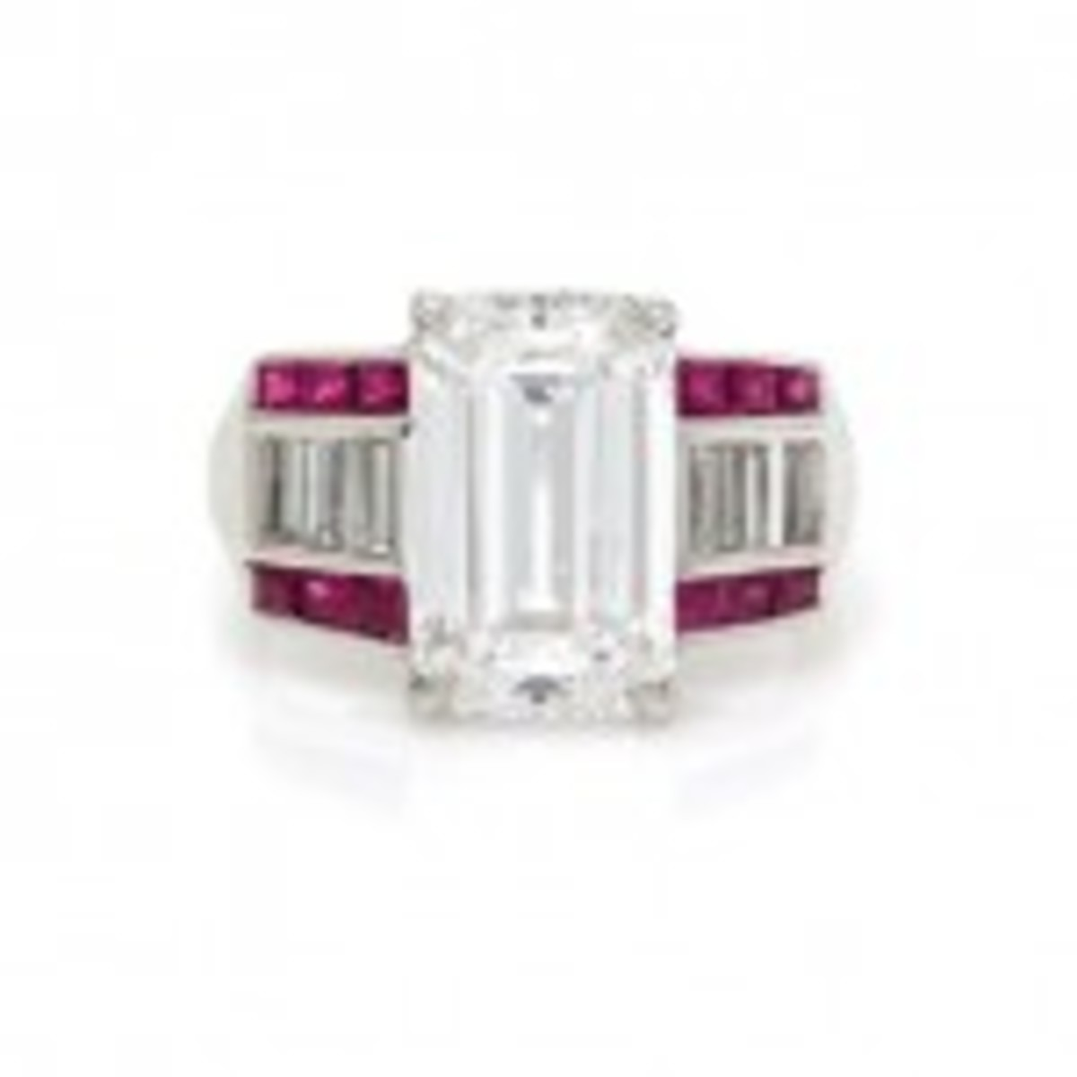 Golconda-type diamond and ruby ring