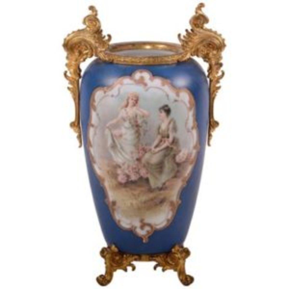 wave crest vase