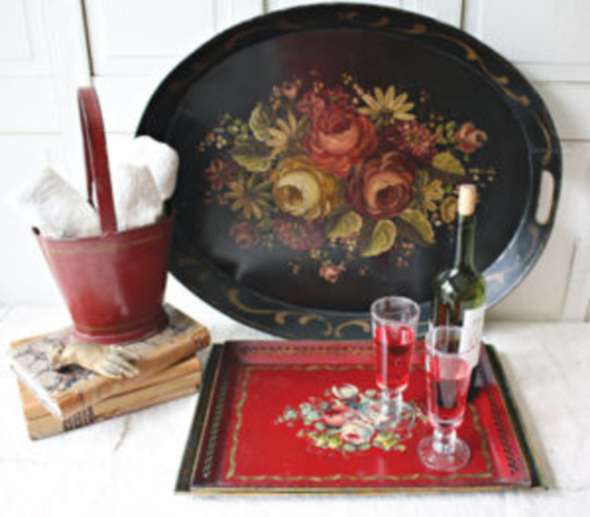 Black and red toleware platter and tray