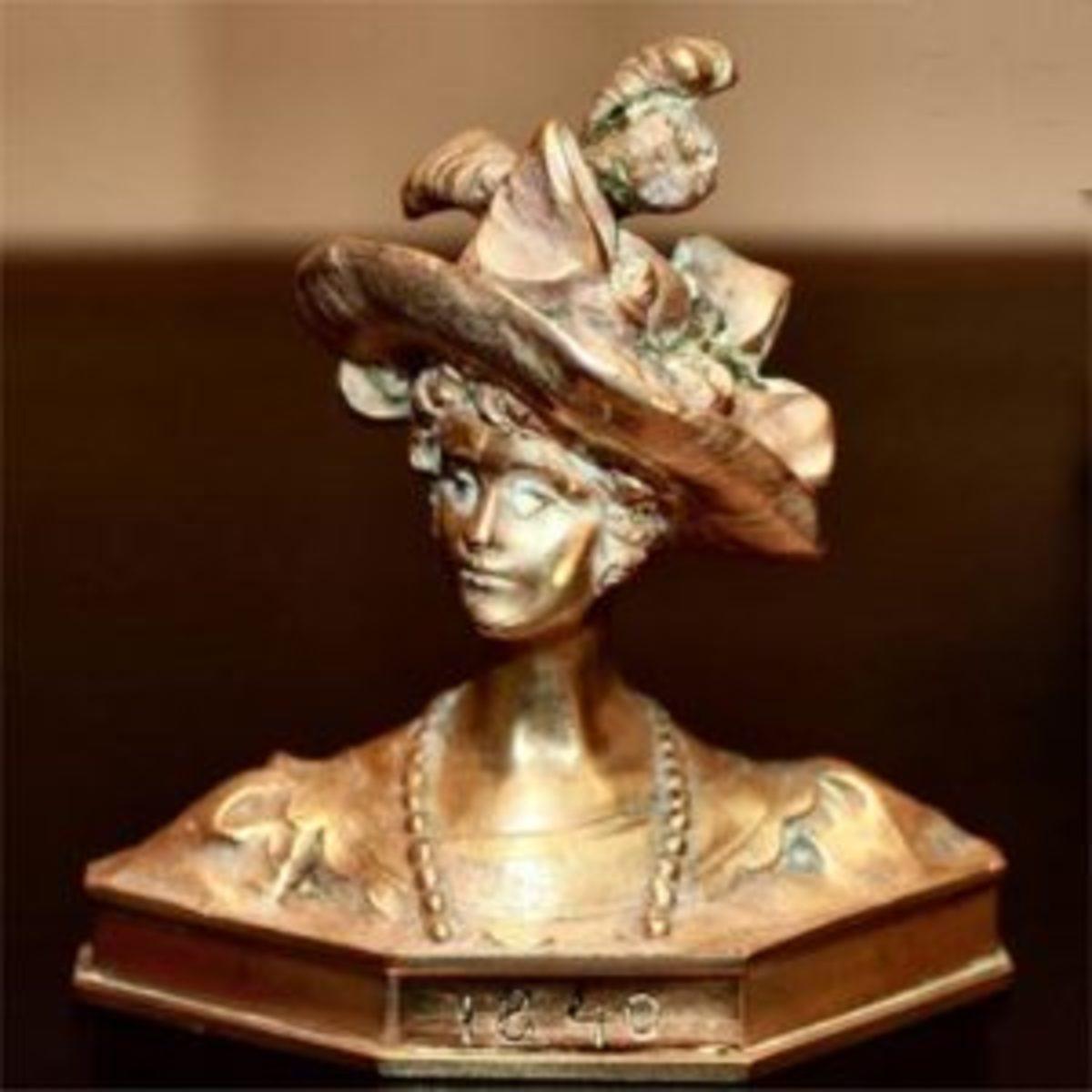 Gruber Viennese fashion bust