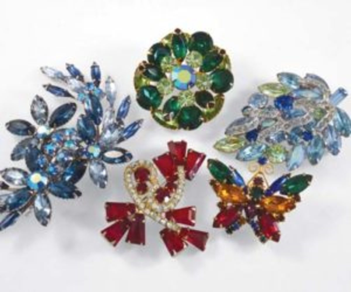 Desirable rhinestone jewelry features prong-set rhinestones, rhinestones made of glass, and open-backed rhinestones.Photos courtesy of Linda Miller