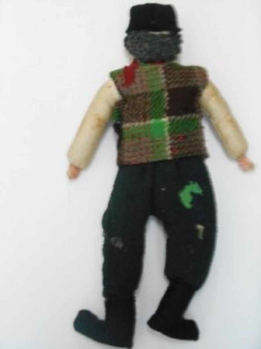 Earline-and-Sad-German-Rag-Doll-035FW