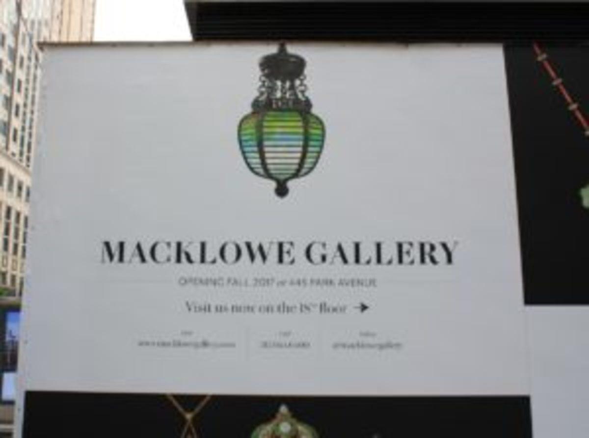 MacklowGalleryNewLocationSign