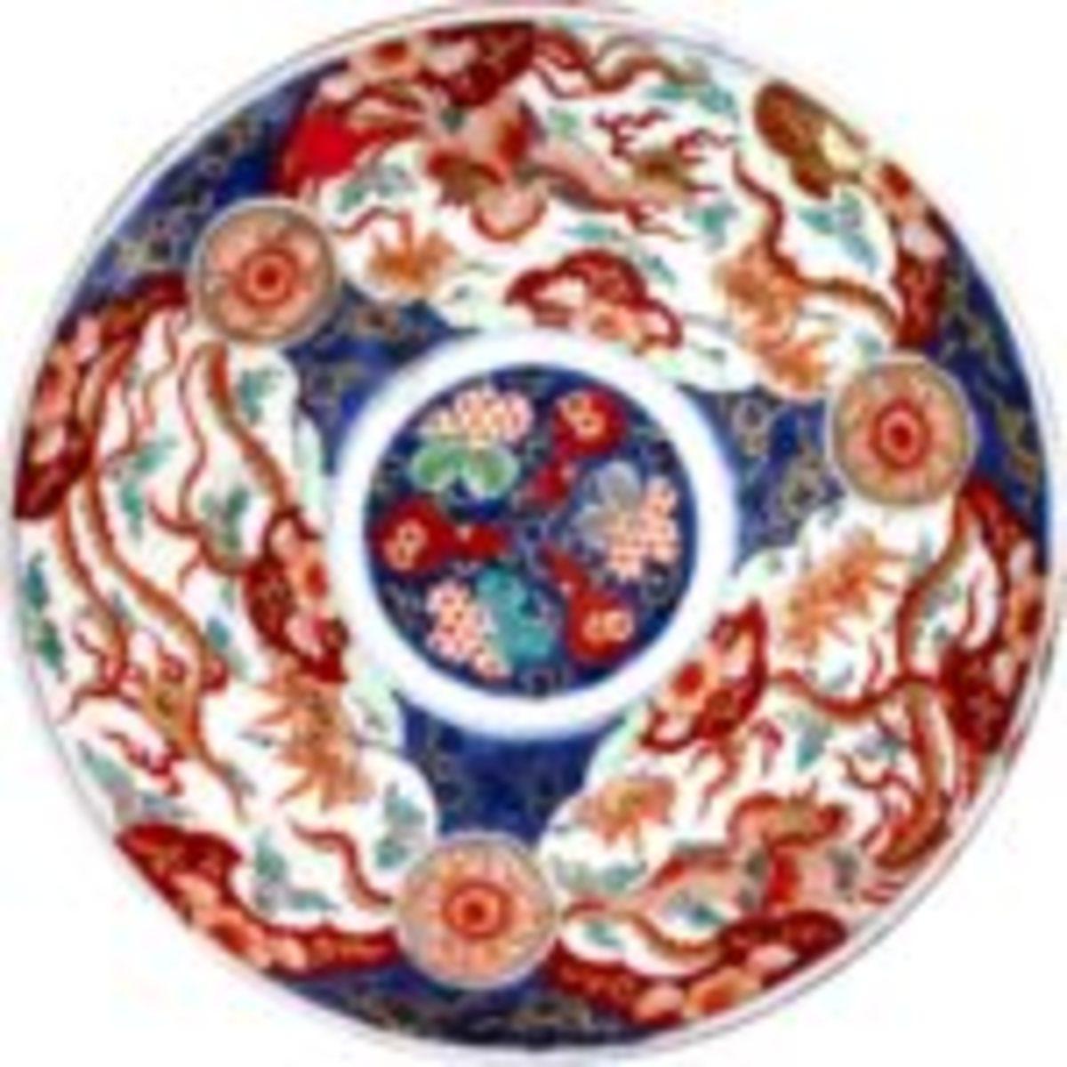 Japanese Imari porcelain charger