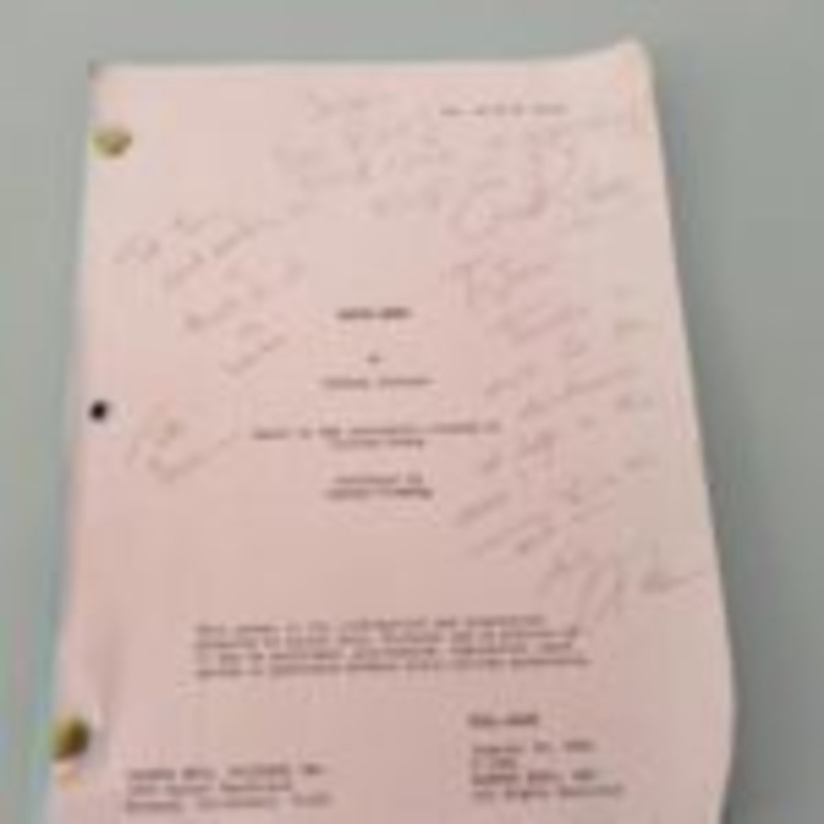 Signed 2007 Nancy Drew movie script with actress Emma Roberts and director Andrew Fleming and actor who played Carson Drew - Tate Donovan.