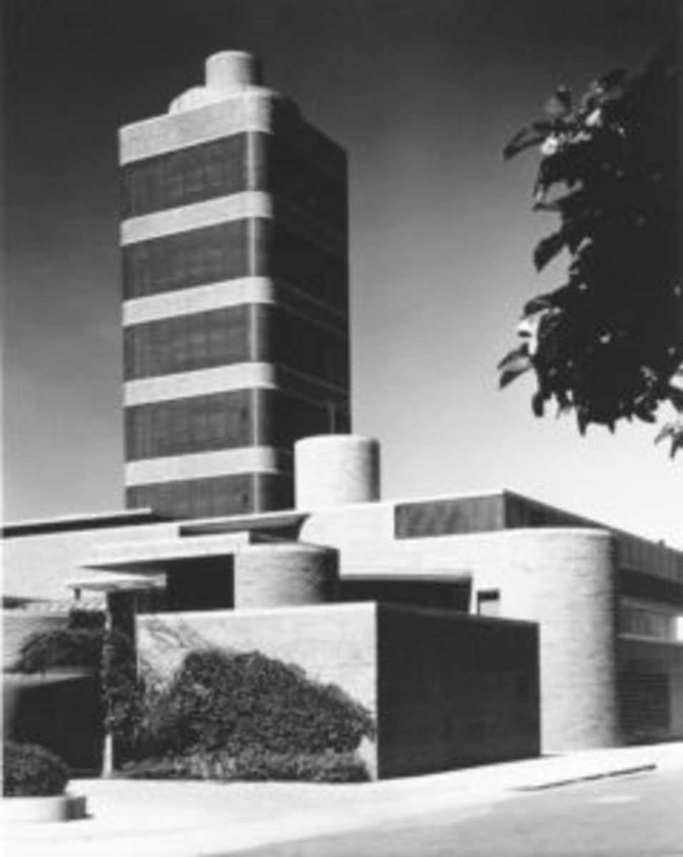 S.C. Johnson Research Tower_Frank Lloyd Wright