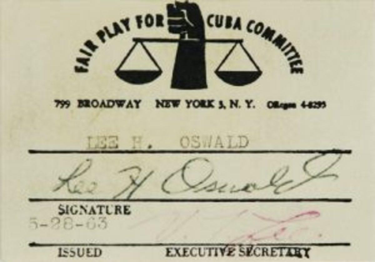 Lee Oswald signed card