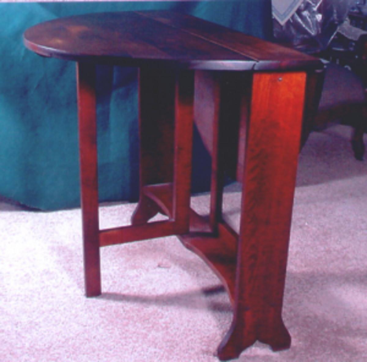 tuckaway table