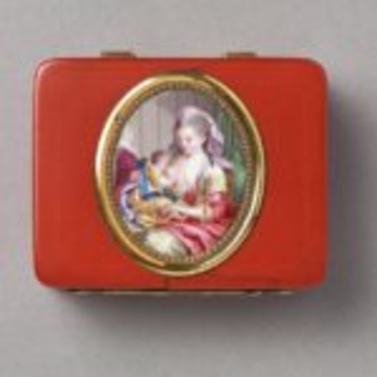 "Lacquered cosmetic box, circa 1767, 1"" h. x 2 1/8"" w. x 2"" d. Courtesy of the Hillwood Collection."